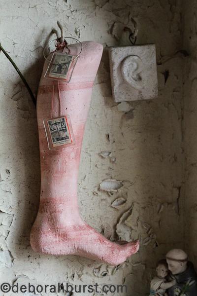 st-roch-chapel-room-full-leg-watermark_