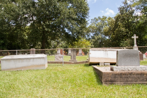 Springfield Cem flood tombs moved